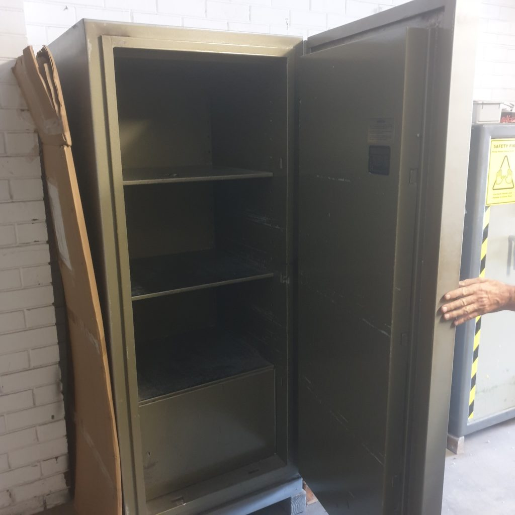 Chubb 6224 Record Protection Cabinet